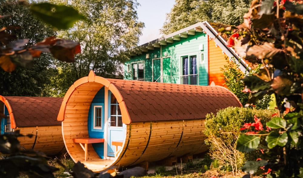 3 slapen in een wijnvat camping zeeburg