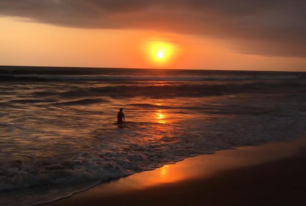 3 weken bali Sunset echo beach