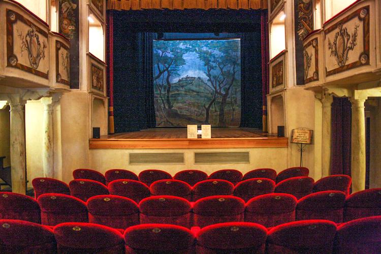 rondreis umbrie bezoek theater