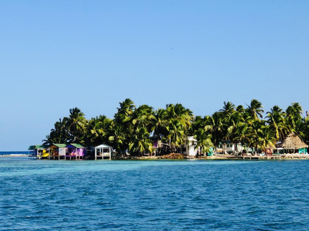 Vakantie Belize, Overnacht op tropisch eiland