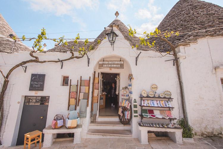 Alberobello winkeltje in een trullo