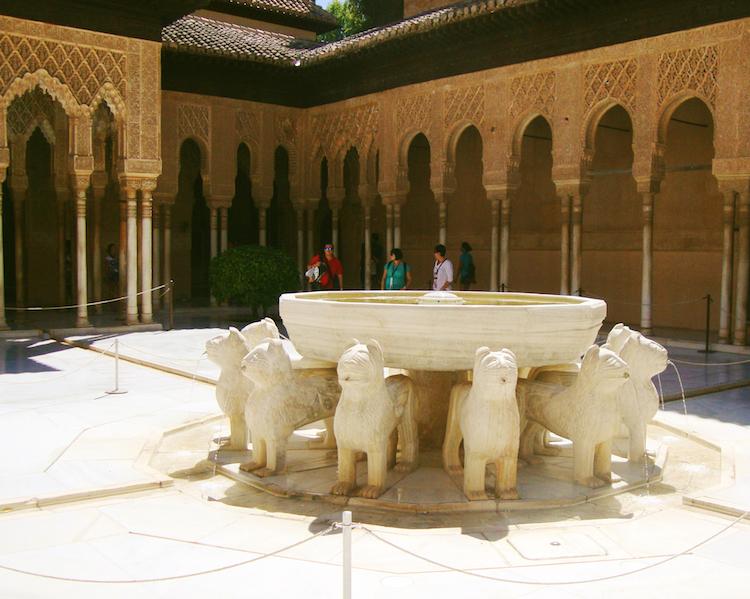 Alhambra Granada leeuwen paleis