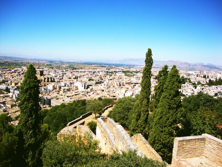 Alhambra bezoeken in Granada Muren spanje uitzicht