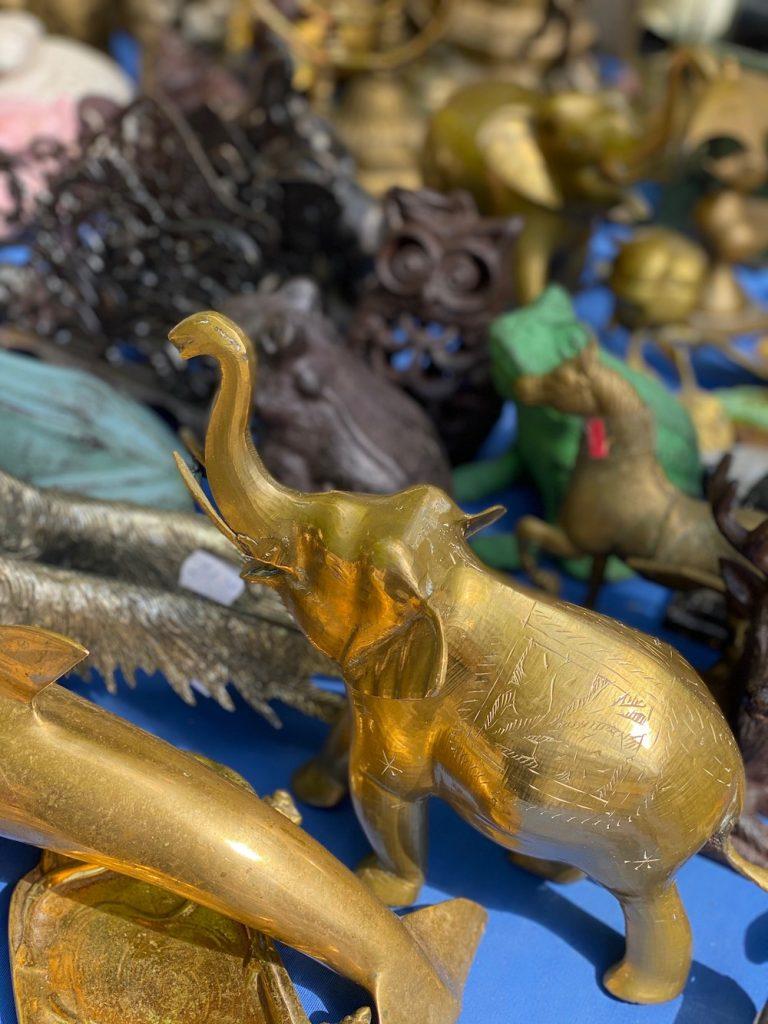 Antiekmarkt Brugge brocante winkelen bezienswaardigheid