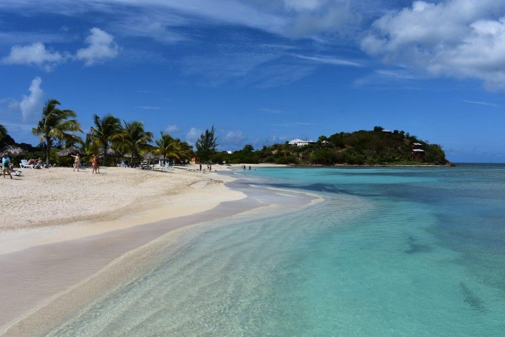 Antigua en barbuda beaches