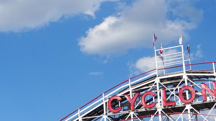 Attracties cyclone coney island new york