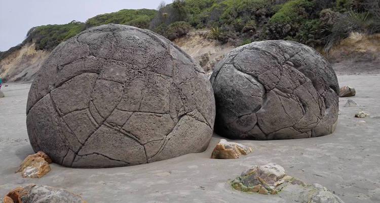 Backpacken Nieuw Zeeland Mouraki Boulders tip