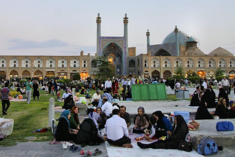Backpacken iran bevolking parken