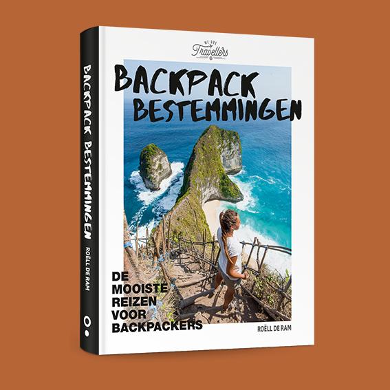 boek backpack bestemmingen wearetravellers