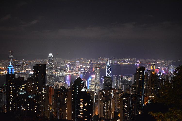 bezienswaardigheden-hong-kong-by-night