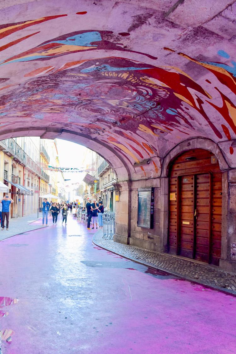 Bezienswaardigheden lissabon pink street