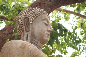 Boeddha-beeld-Abhayagiri-vihāra-anuradhapura-kopie