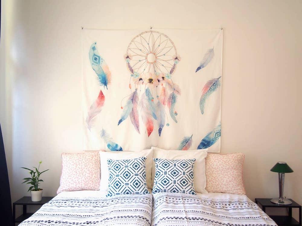 Bohemian airbnb in praag