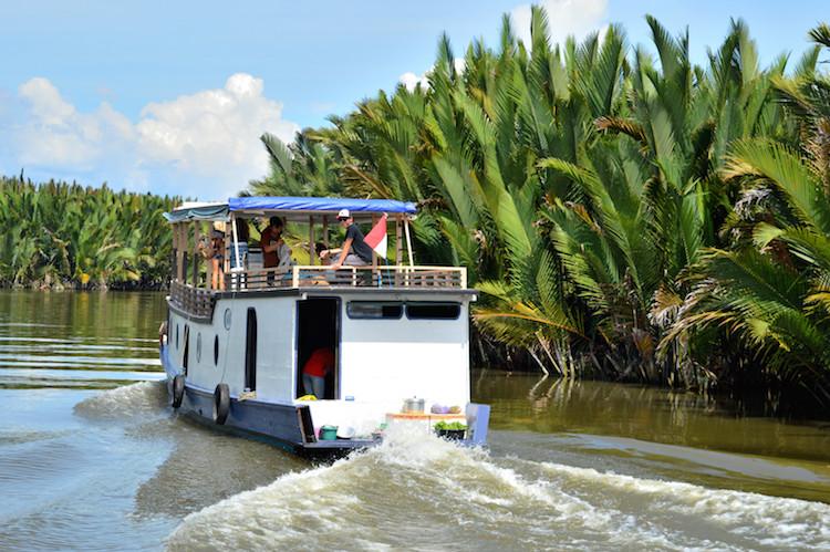 Borneo Klotok boot jungle tour
