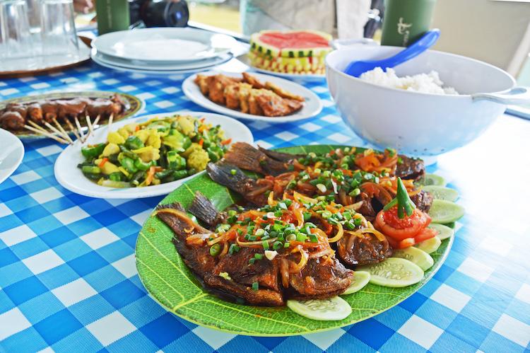 Borneo eten op Klotok boot