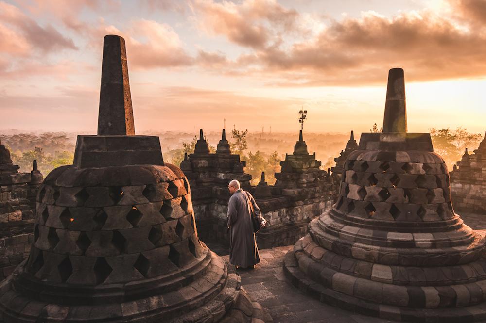 Borobudur simon van acht
