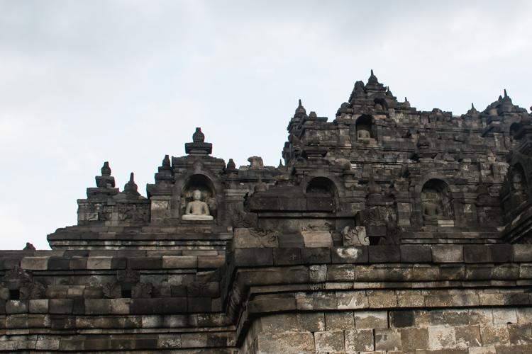 Borobudur tempel yogyakarta details