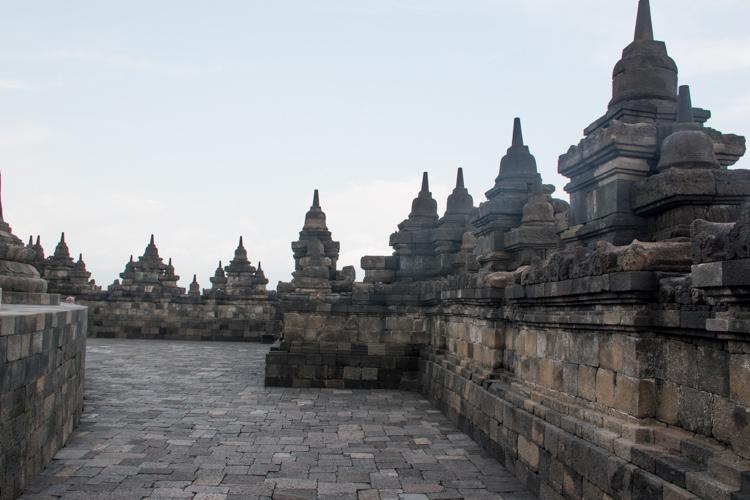 Borobudur tempel yogyakarta java etage
