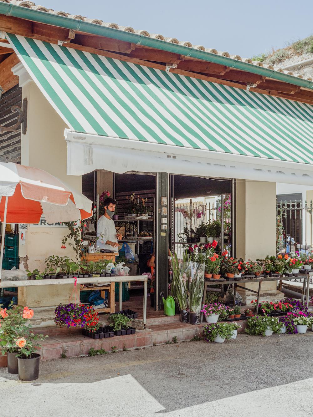 Breng een bezoekje aan de versmarkt van Corfu stad tips