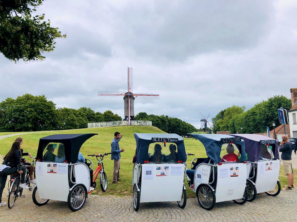 Brugge bezienswaardigheden tuk tuk fietstour