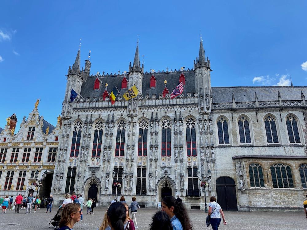 Brugge bezienswaardigheid citytrip De markt Brugge
