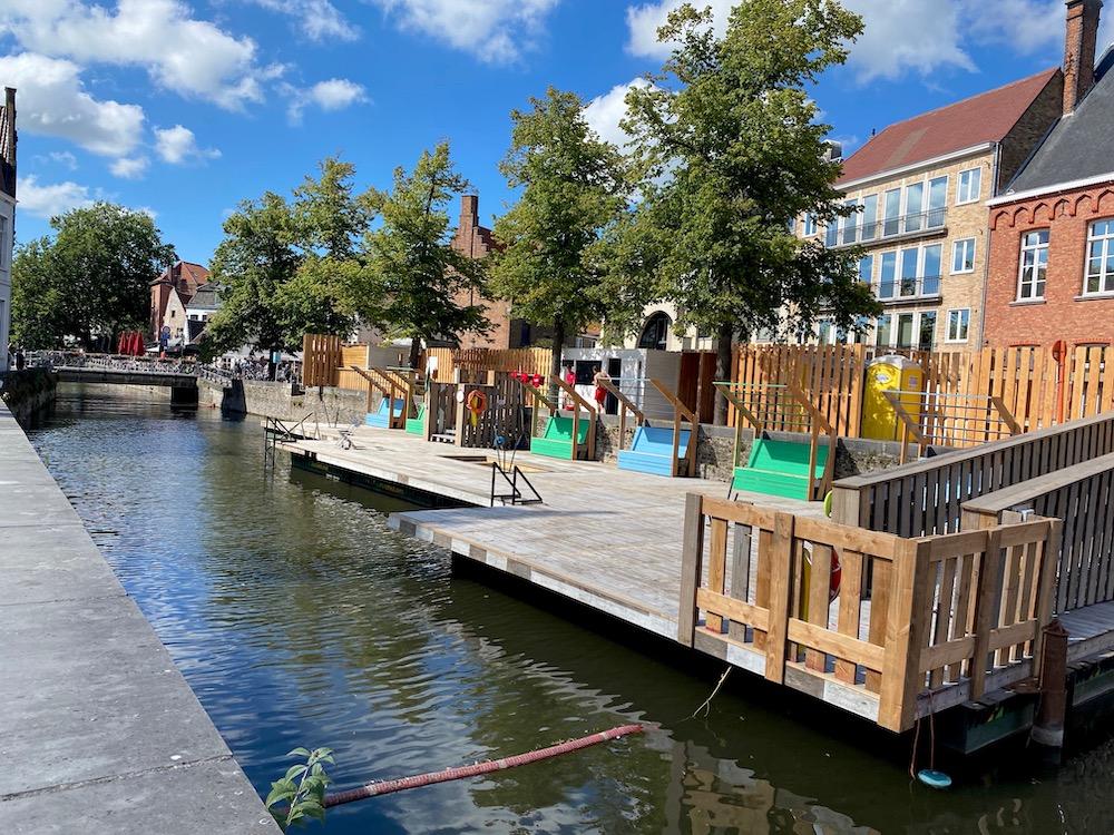 Brugge zwemmen wat te doen bezienswaardigheid