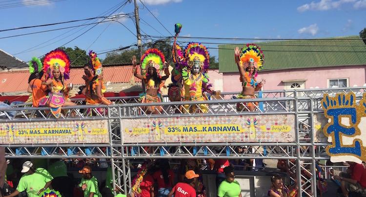 Carnaval Curacao parade feestje
