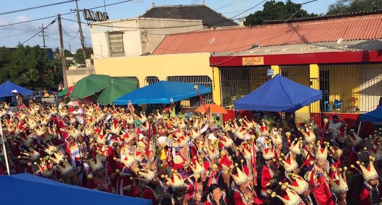 Carnaval op Curacao vieren