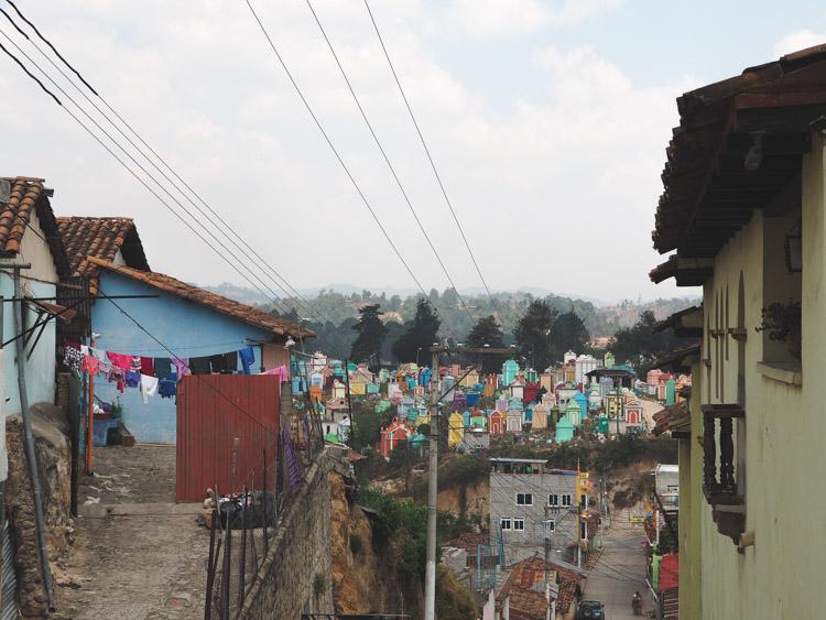 Cementerio De Chichicastenango guatemala
