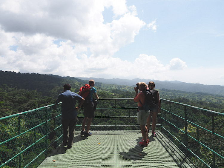 Costa Rica uitkijkpunt sky walk hike