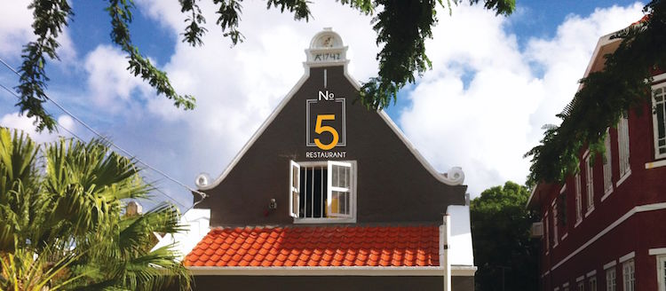 Curacao restaurant no5