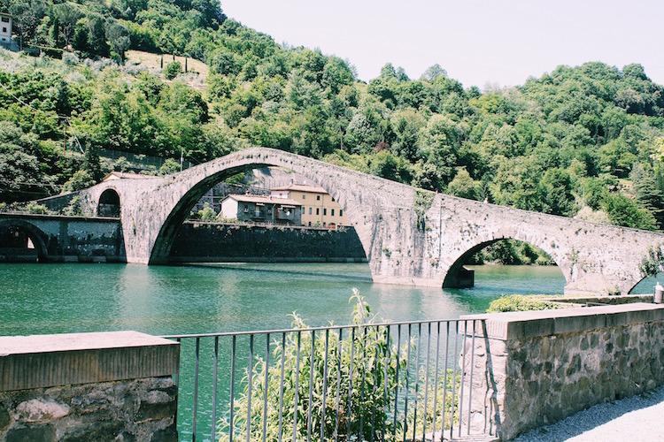Devil's bridge toscane hoogtepunten