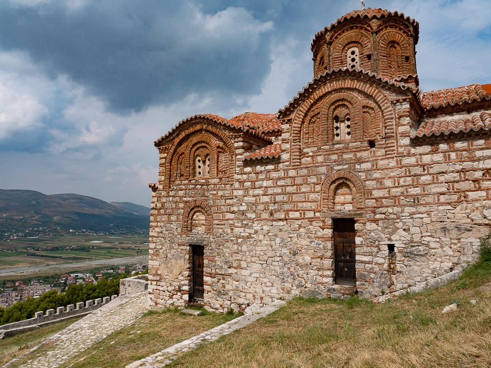 Doen in Berat kerk