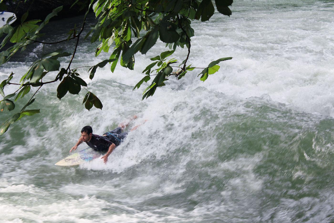 Englischer-Garten surfen Munchen hotspots