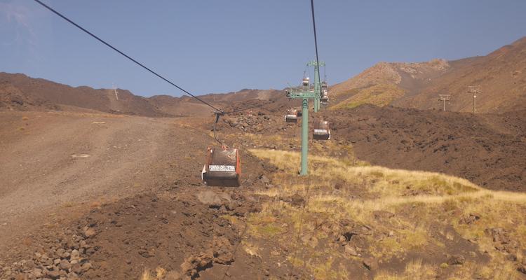 Etna sud kabelbaan etna vulkaan bezoeken