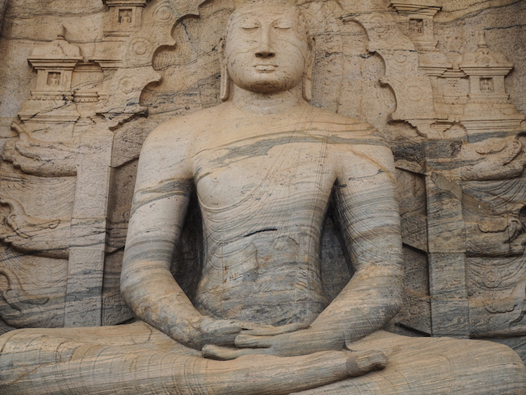 Gal-Vihara-Polonnaruwa zittende boeddha