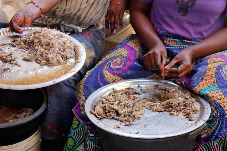 Gambia bezienswaardigheden Serrekunda Market