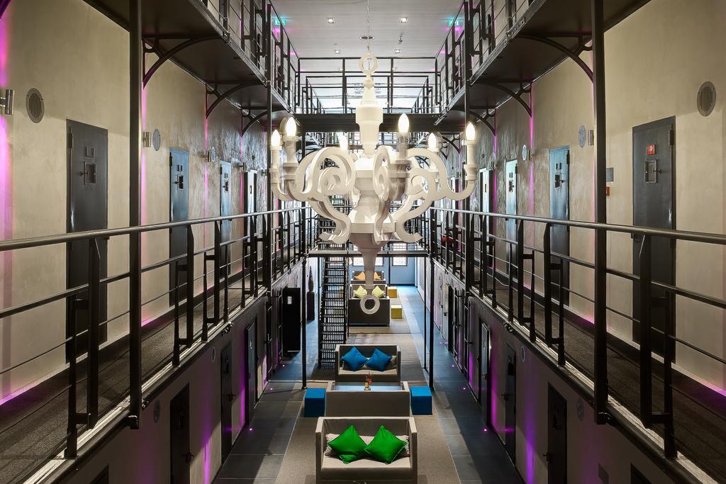 10 x slapen in een Gevangenis Hotel We Are Travellers