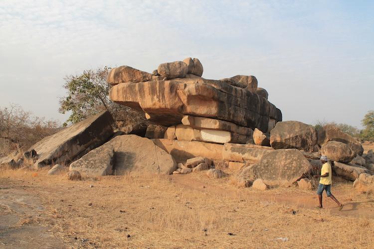 Ghana rondreis Tongo Rocks bezoeken