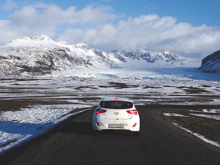 goedkoop naar ijsland auto huren