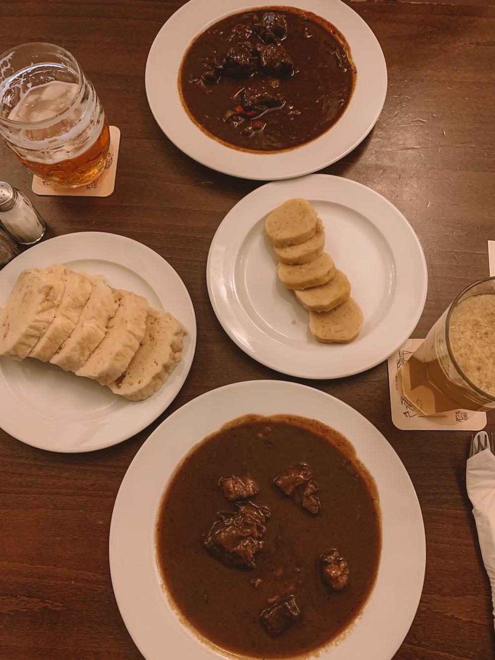 Goulash en Knoedels in Cesky Krumlov