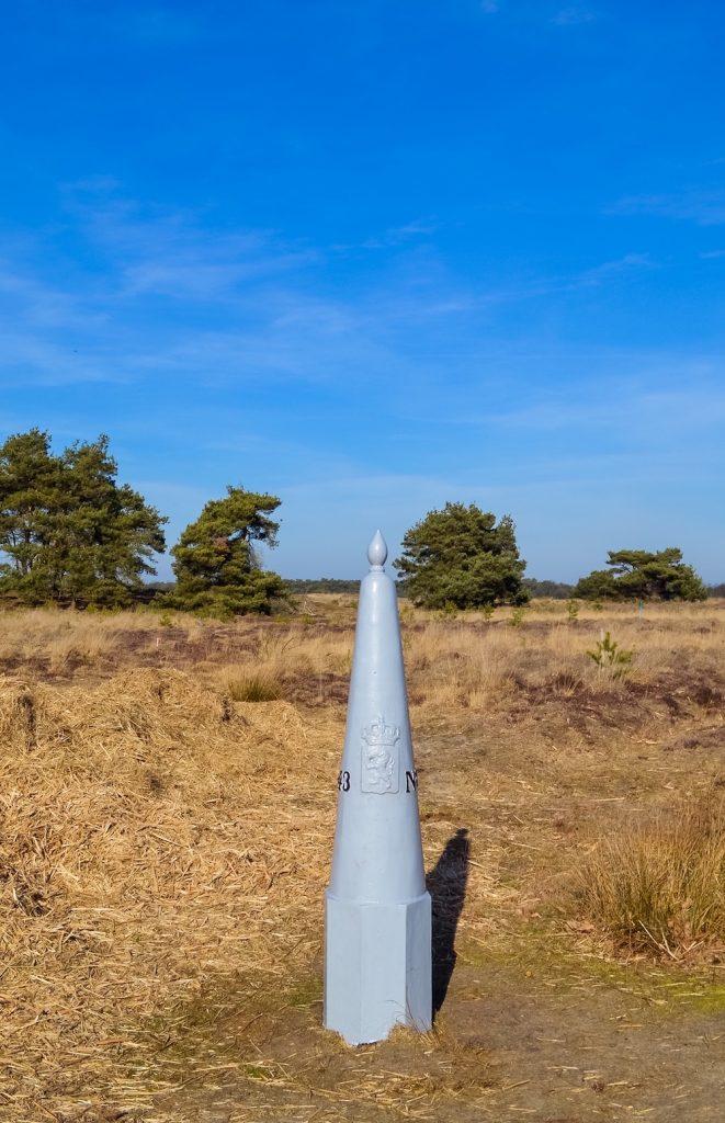 Het Hageven belgisch limburg grenspaal