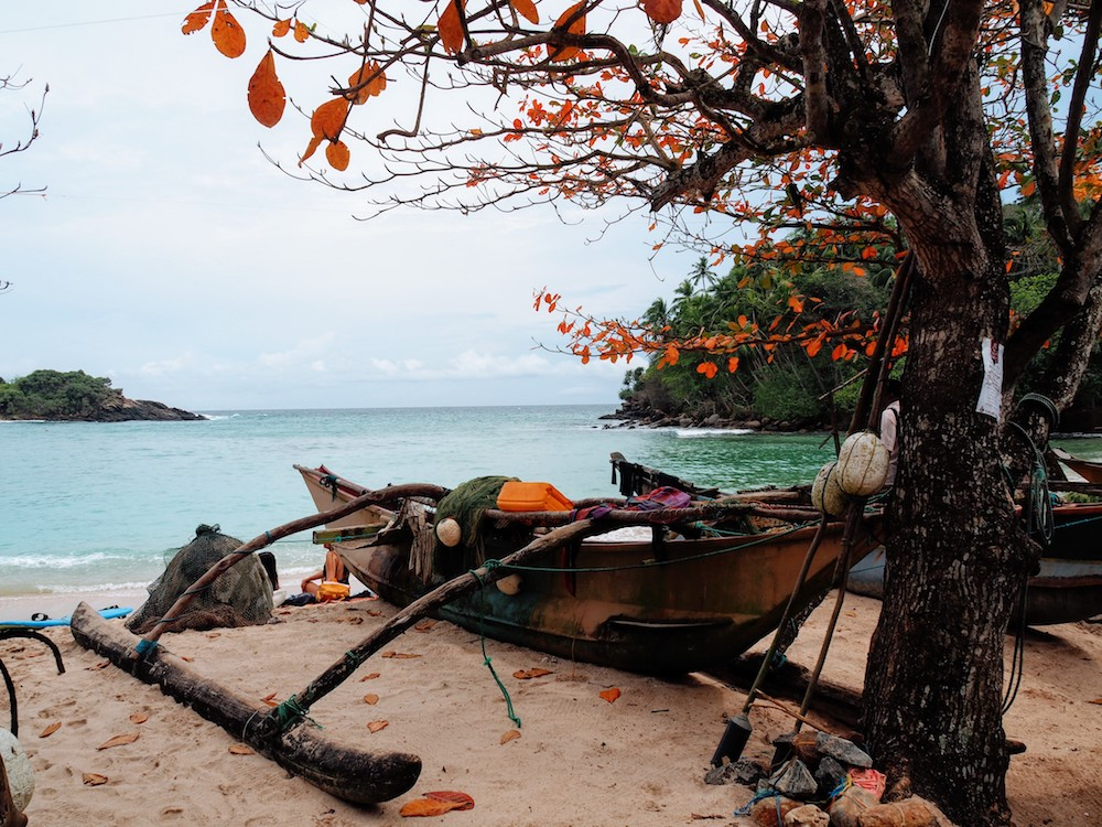 Hidden places sri lanka Hiriketiya strand