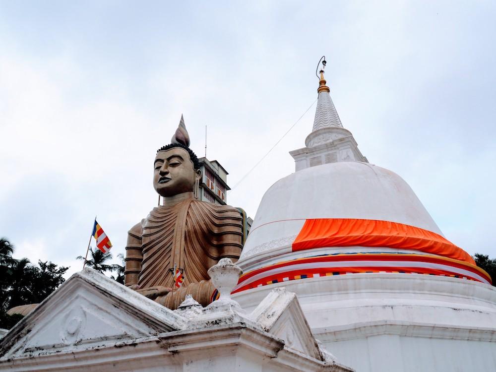 Hidden places sri lanka Hiriketiya tempel