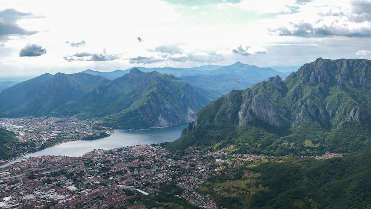 Hike berg Lecco uitzicht omgeving milaan