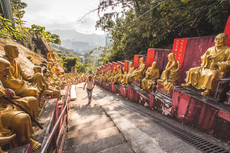 Hong Kong stopover ten thousand buddhas