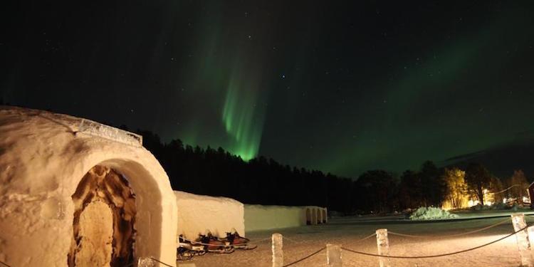 ijshotel-noorwegen-noorderlicht