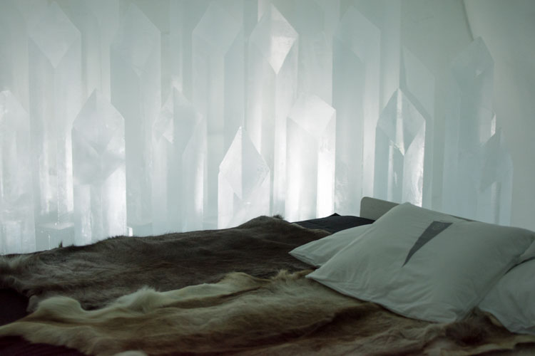 Ice Hotel Sweden ijs hotelkamer