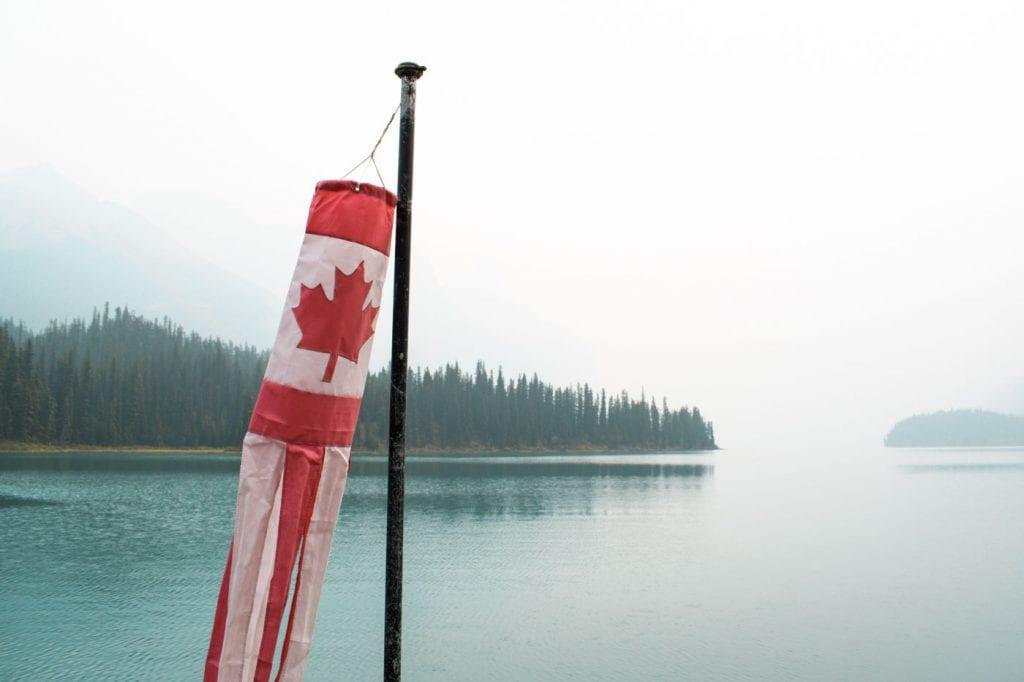 Jasper National Park Maligne Lake vlag Canada