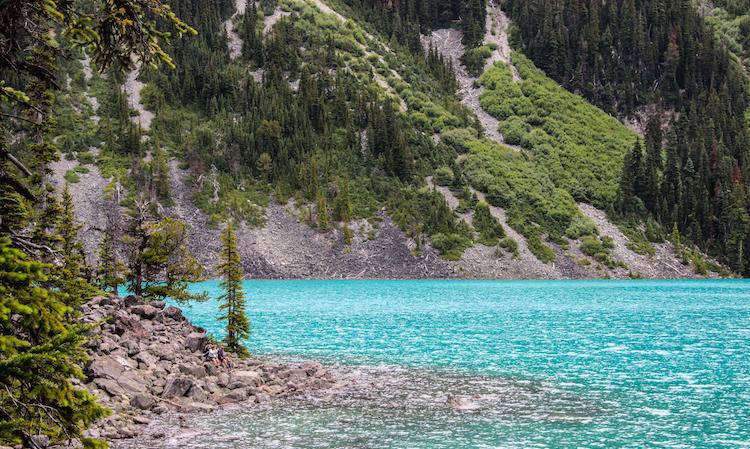 joffres-lake-hiking-vancouver-canada
